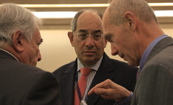 Foto di un partecipante escluso dalla conversazione - copyright https://www.flickr.com/photos/worldbank/
