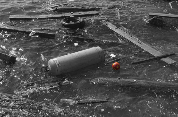 Debris floating on the sea - copyright tauntingpanda www.flickr.com/photos/tauntingpanda/