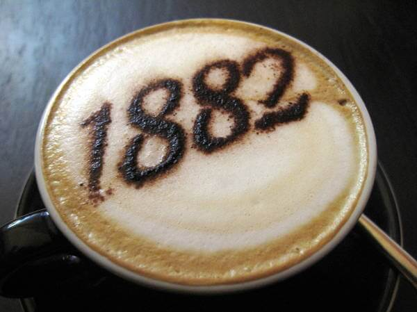 1882 year on a cappuccino - copyright https://www.flickr.com/photos/duncan/