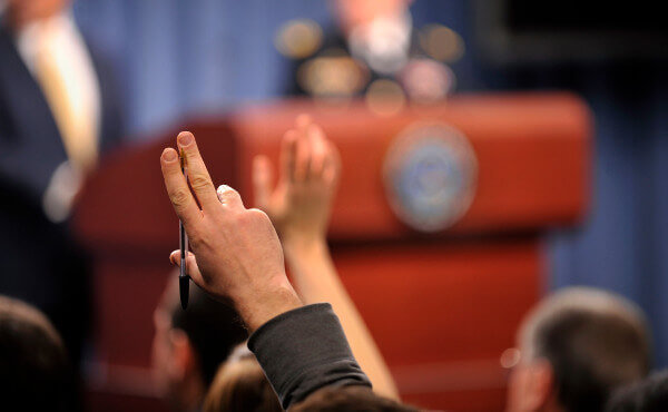 Domande del pubblico - copyright Chuck Hagel www.flickr.com/photos/secdef/